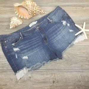 Torrid denim jean shorts lace trim Sz 26